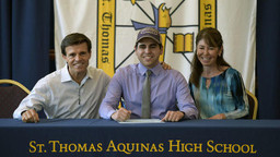 At St. Thomas Aquinas, a dramatically different Signing Day